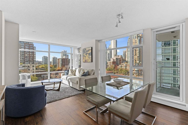 906 1199 MARINASIDE CRESCENT - Yaletown Apartment/Condo for sale, 1 Bedroom (R2531134)