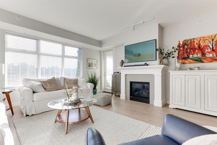 204 5011 SPRINGS BOULEVARD - Tsawwassen North Apartment/Condo for sale, 2 Bedrooms (R2531369)