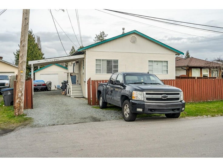 12699 114A AVENUE - Bridgeview House/Single Family for sale, 3 Bedrooms (R2531538)