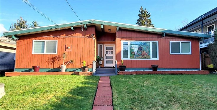 9286 132 STREET - Queen Mary Park Surrey House/Single Family for sale, 4 Bedrooms (R2532236)