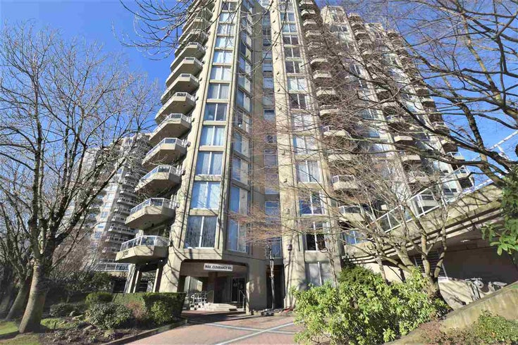 1601 1135 QUAYSIDE DRIVE - Quay Apartment/Condo for sale, 3 Bedrooms (R2532779)