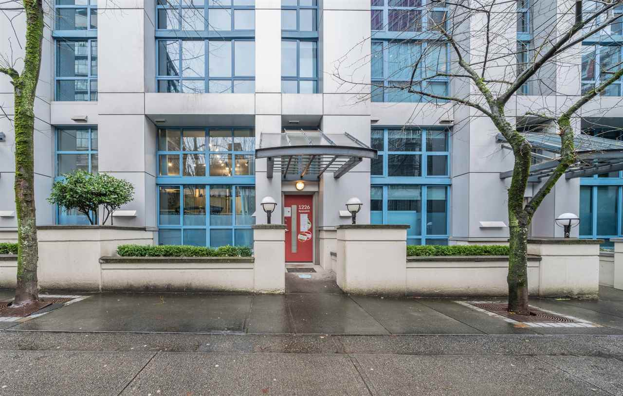105 1238 SEYMOUR STREET - Downtown VW Townhouse for sale, 1 Bedroom (R2532797) - #1