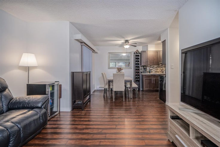 214 6105 KINGSWAY - Highgate Apartment/Condo for sale, 2 Bedrooms (R2532804)