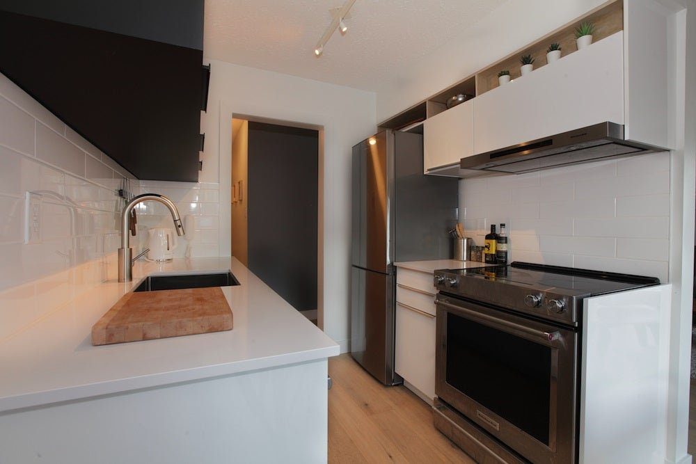 201 250 W 1ST STREET - Lower Lonsdale Apartment/Condo for sale, 1 Bedroom (R2532819) - #3