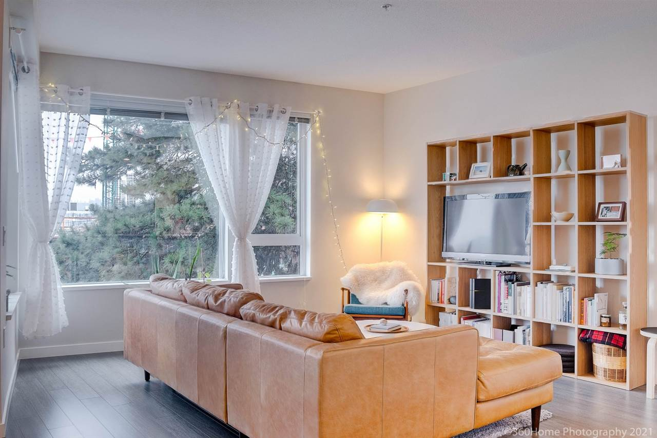 210 277 W 1ST STREET - Lower Lonsdale Apartment/Condo for sale, 2 Bedrooms (R2532925) - #1