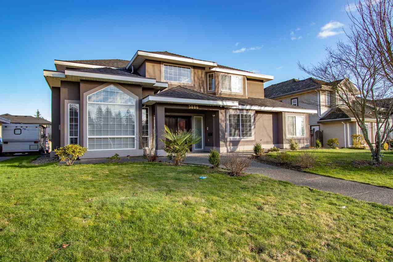 5886 168 STREET - Cloverdale BC House/Single Family for sale, 7 Bedrooms (R2533116)