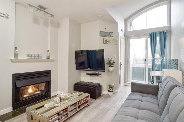 PH8 868 KINGSWAY - Fraser VE Apartment/Condo for sale, 1 Bedroom (R2533504)