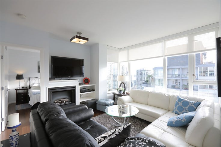 2403 1001 RICHARDS STREET - Downtown VW Apartment/Condo for sale, 2 Bedrooms (R2534618)
