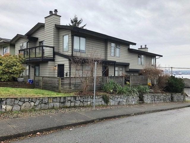 140-142 ST PATRICKS AVENUE - Lower Lonsdale Duplex for sale, 6 Bedrooms (R2535801)