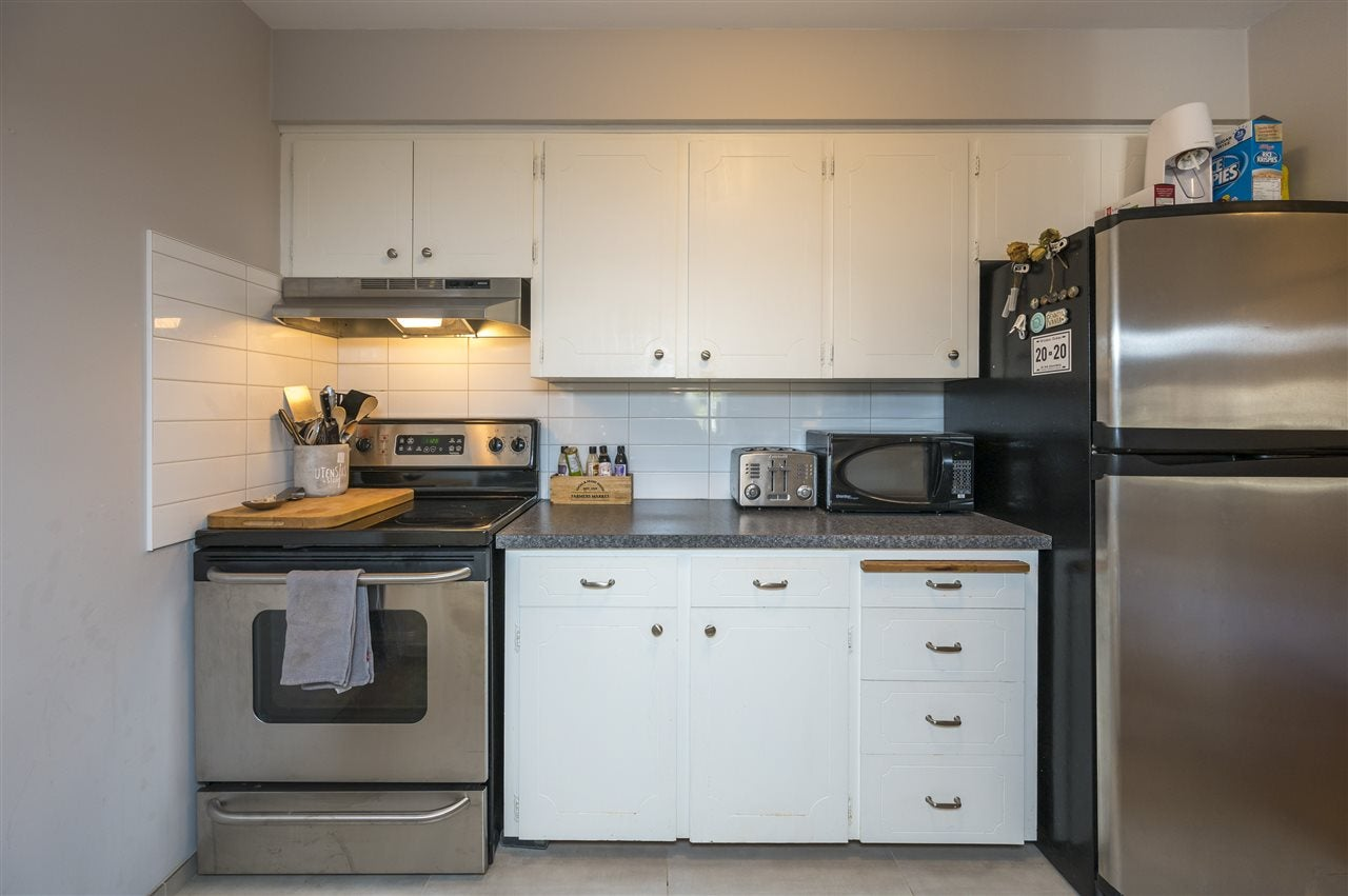 204 120 W 17TH STREET - Central Lonsdale Apartment/Condo for sale, 1 Bedroom (R2536390) - #10