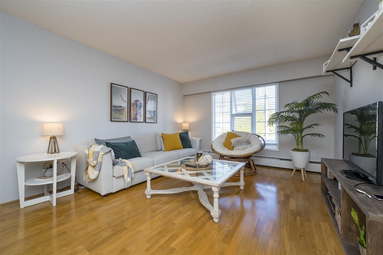 204 120 W 17TH STREET - Central Lonsdale Apartment/Condo for sale, 1 Bedroom (R2536390) - #3