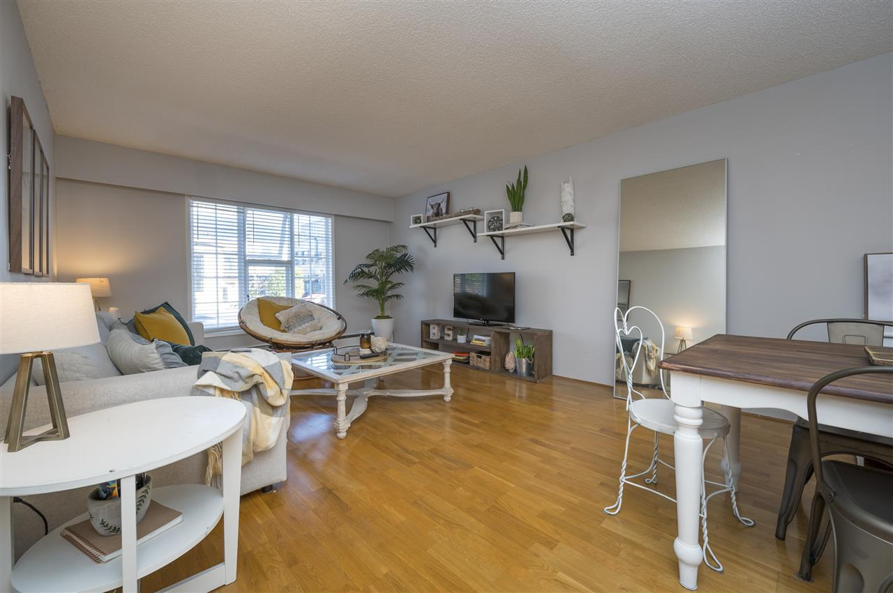 204 120 W 17TH STREET - Central Lonsdale Apartment/Condo for sale, 1 Bedroom (R2536390) - #4