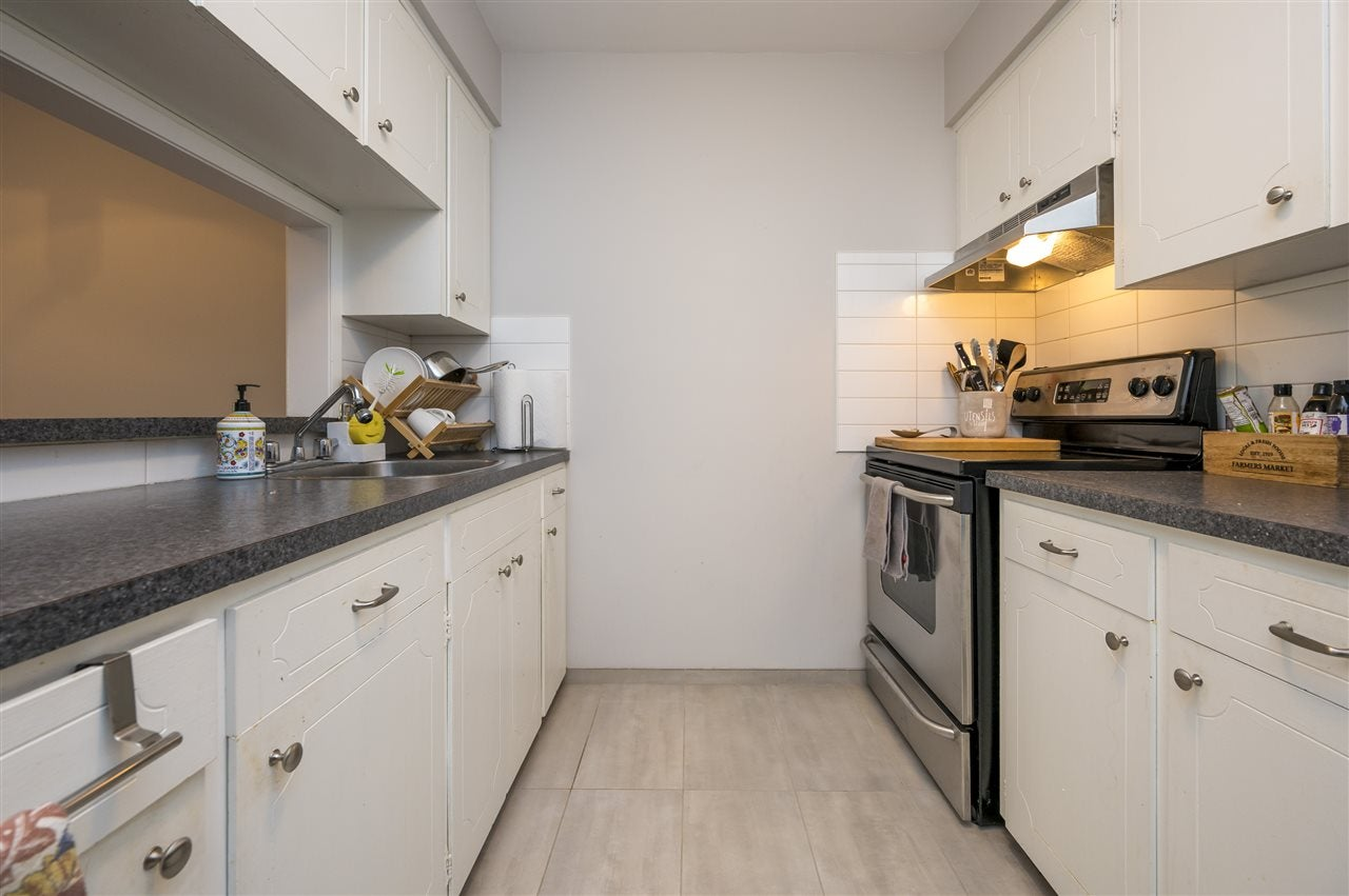204 120 W 17TH STREET - Central Lonsdale Apartment/Condo for sale, 1 Bedroom (R2536390) - #8