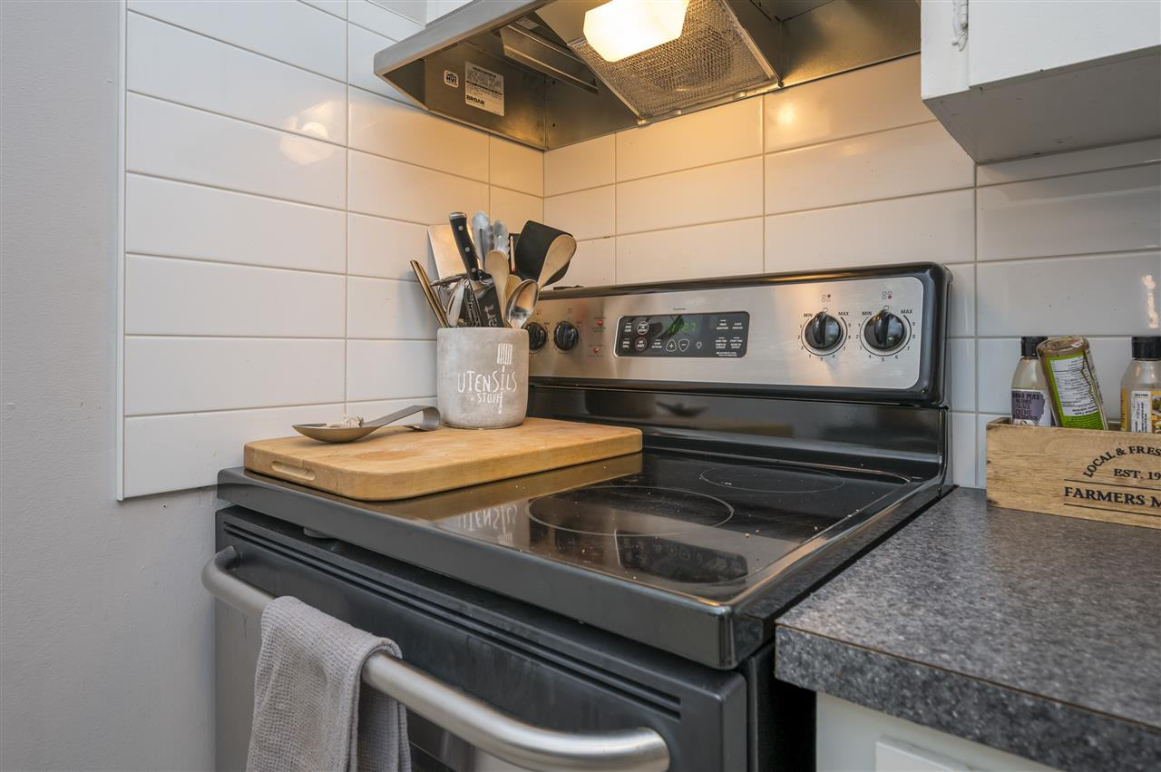 204 120 W 17TH STREET - Central Lonsdale Apartment/Condo for sale, 1 Bedroom (R2536390) - #9