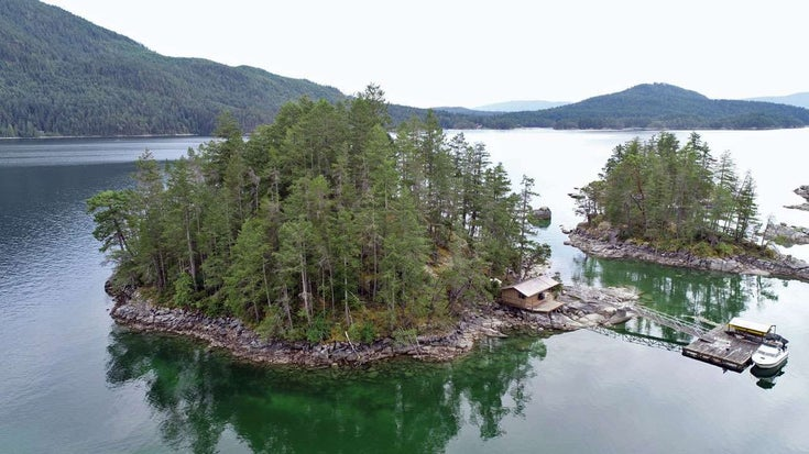 DRAGONFLY ISLAND - Sechelt District for sale(R2536566)