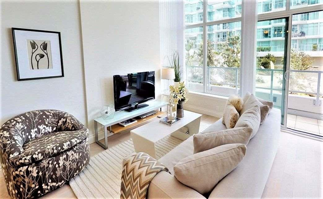 103 175 VICTORY SHIP WAY - Lower Lonsdale Apartment/Condo for sale, 2 Bedrooms (R2537572)