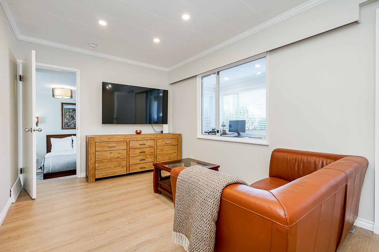 461 LYON PLACE - Central Lonsdale House/Single Family for sale, 4 Bedrooms (R2537627) - #10
