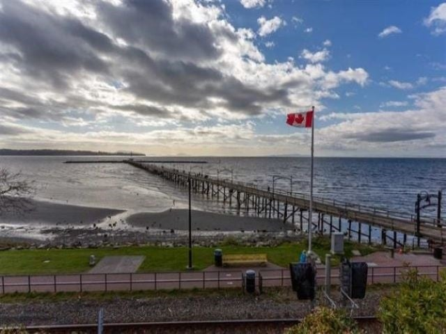 206 1153 VIDAL STREET - White Rock Apartment/Condo for sale, 2 Bedrooms (R2537843)
