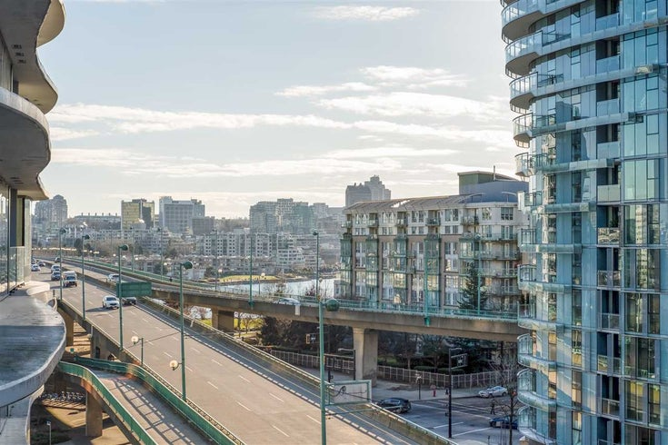 717 68 SMITHE STREET - Downtown VW Apartment/Condo for sale, 1 Bedroom (R2537983)
