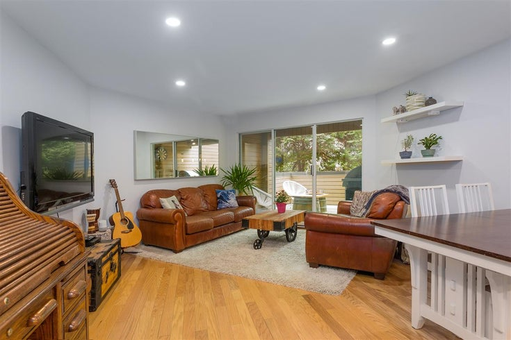 110 1910 CHESTERFIELD AVENUE - Central Lonsdale Townhouse for sale, 3 Bedrooms (R2539121)