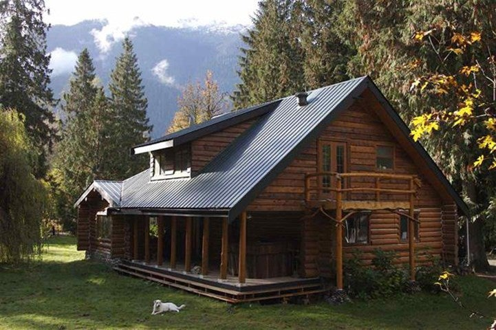 14450 SQUAMISH VALLEY ROAD - Upper Squamish House with Acreage for sale, 3 Bedrooms (R2539388)
