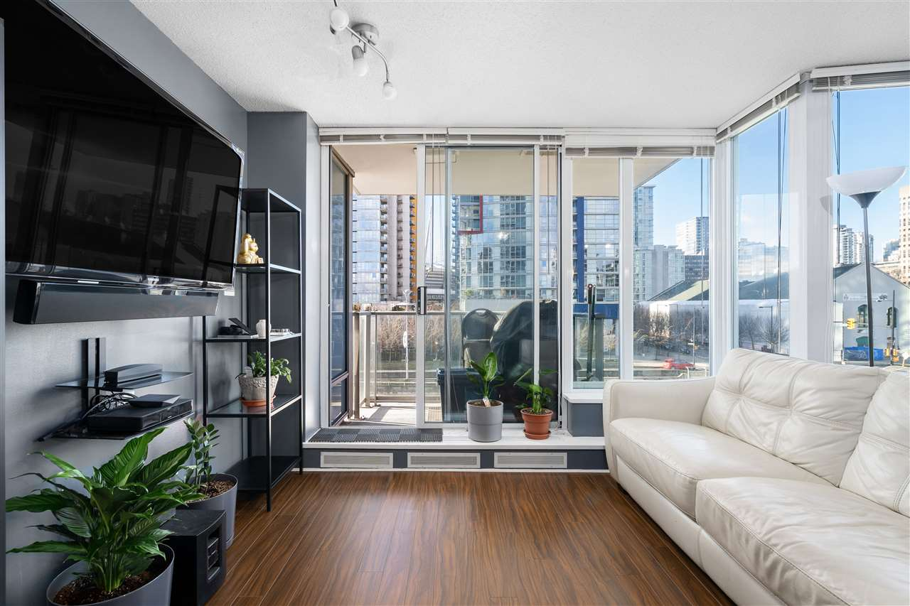901 188 KEEFER PLACE - Downtown VW Apartment/Condo for sale, 1 Bedroom (R2539462) - #1
