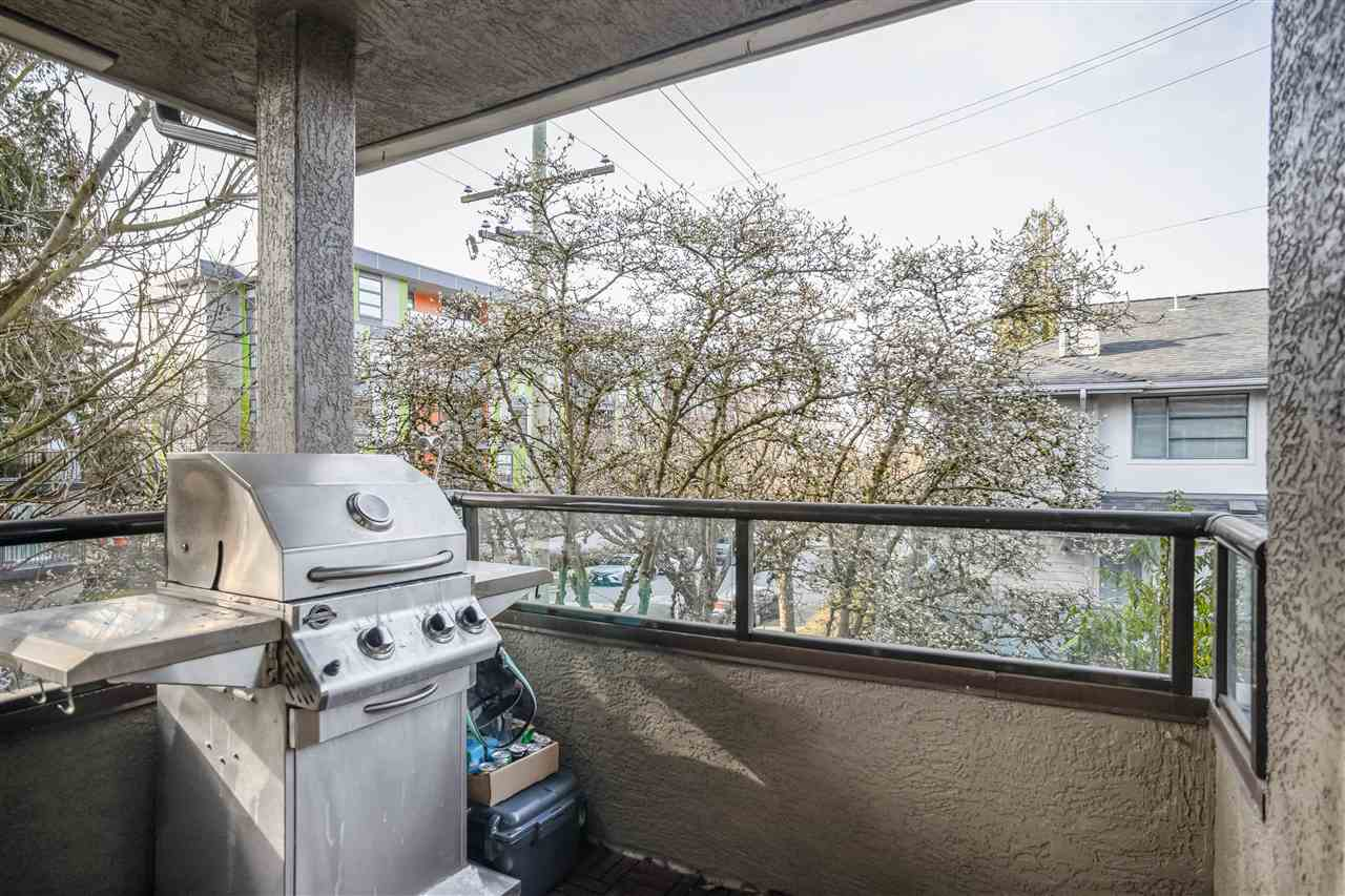 8 2133 ST. GEORGES AVENUE - Central Lonsdale Townhouse for sale, 2 Bedrooms (R2539535) - #11