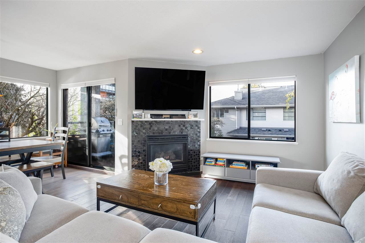 8 2133 ST. GEORGES AVENUE - Central Lonsdale Townhouse for sale, 2 Bedrooms (R2539535) - #2