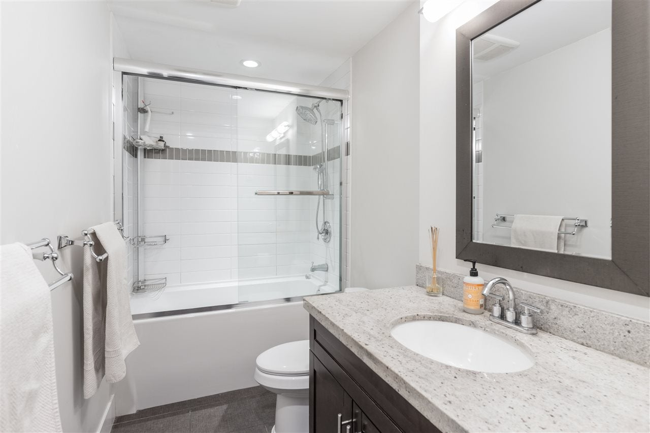 8 2133 ST. GEORGES AVENUE - Central Lonsdale Townhouse for sale, 2 Bedrooms (R2539535) - #22