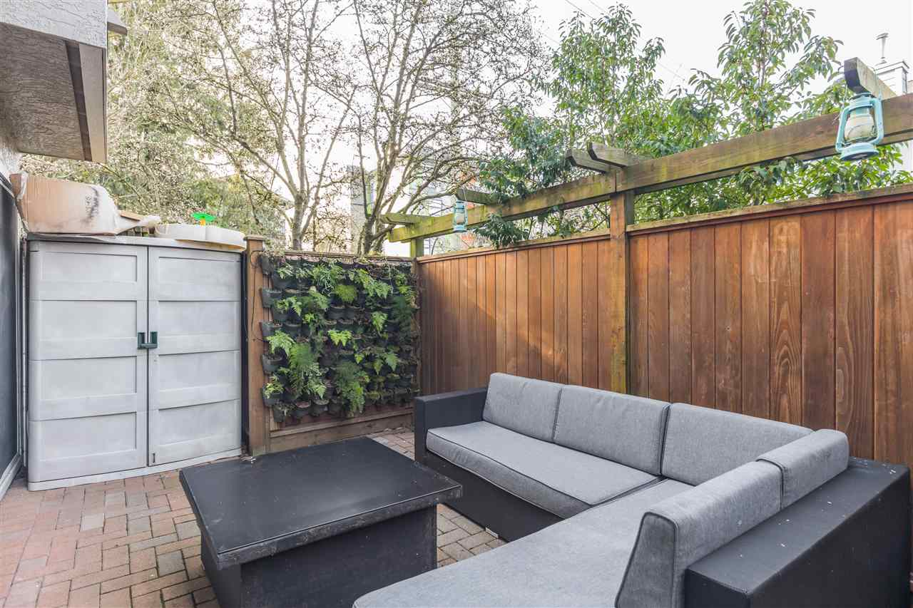 8 2133 ST. GEORGES AVENUE - Central Lonsdale Townhouse for sale, 2 Bedrooms (R2539535) - #26