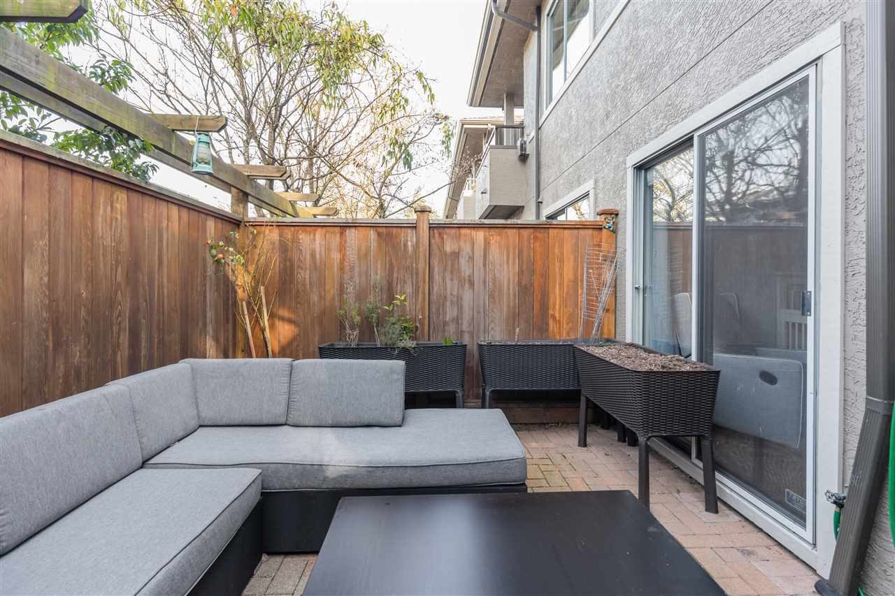 8 2133 ST. GEORGES AVENUE - Central Lonsdale Townhouse for sale, 2 Bedrooms (R2539535) - #27