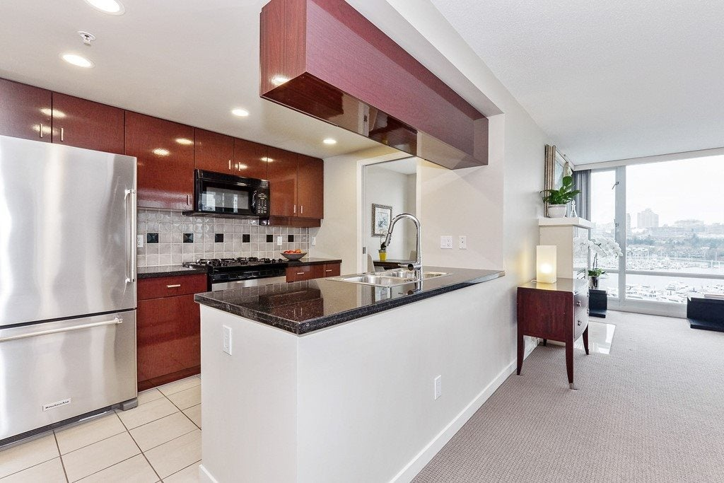 1203 1067 MARINASIDE CRESCENT - Yaletown Apartment/Condo for sale, 2 Bedrooms (R2540572) - #9