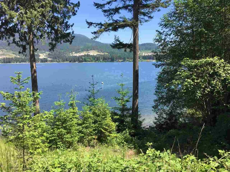 6106 POISE ISLAND DRIVE - Sechelt District for sale(R2540729)