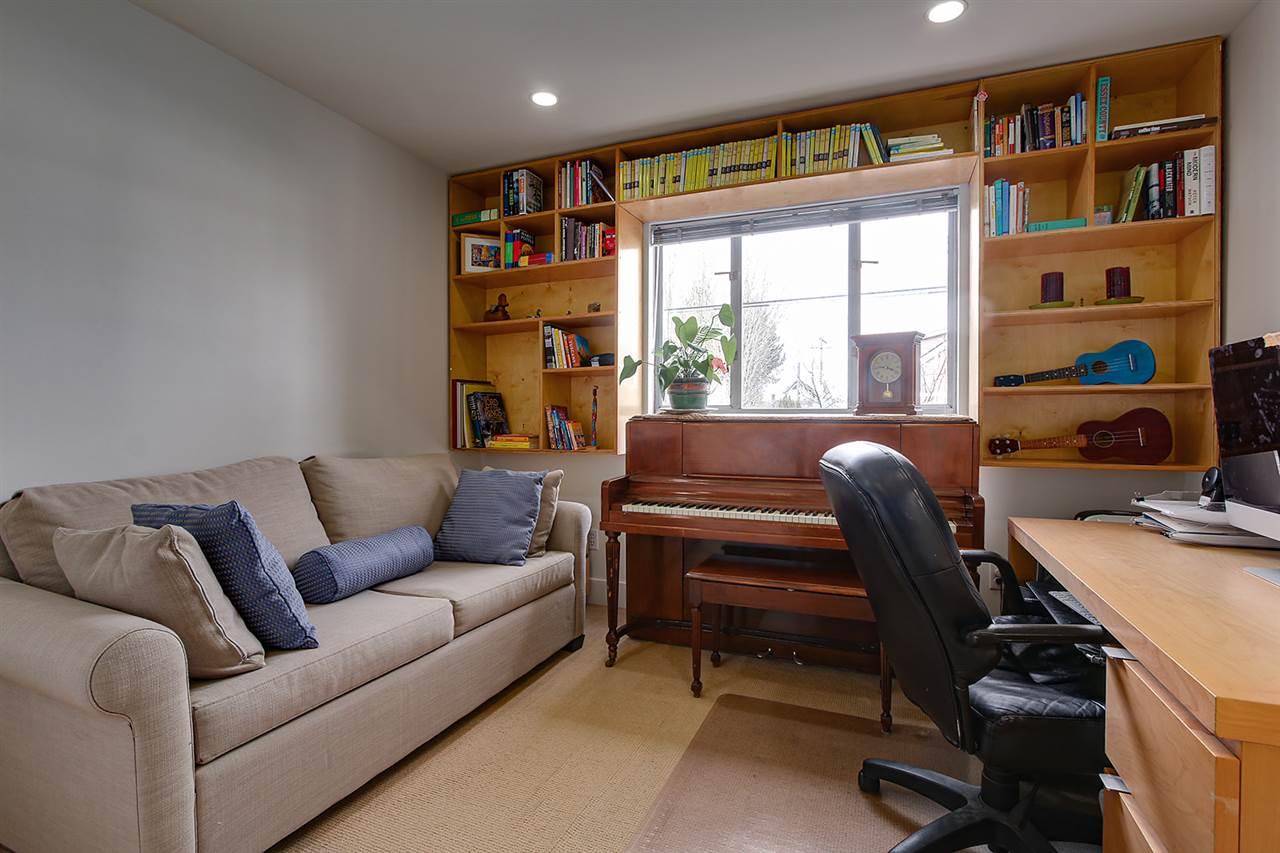 203 3220 W 4TH AVENUE - Kitsilano Apartment/Condo for sale, 2 Bedrooms (R2540941) - #20