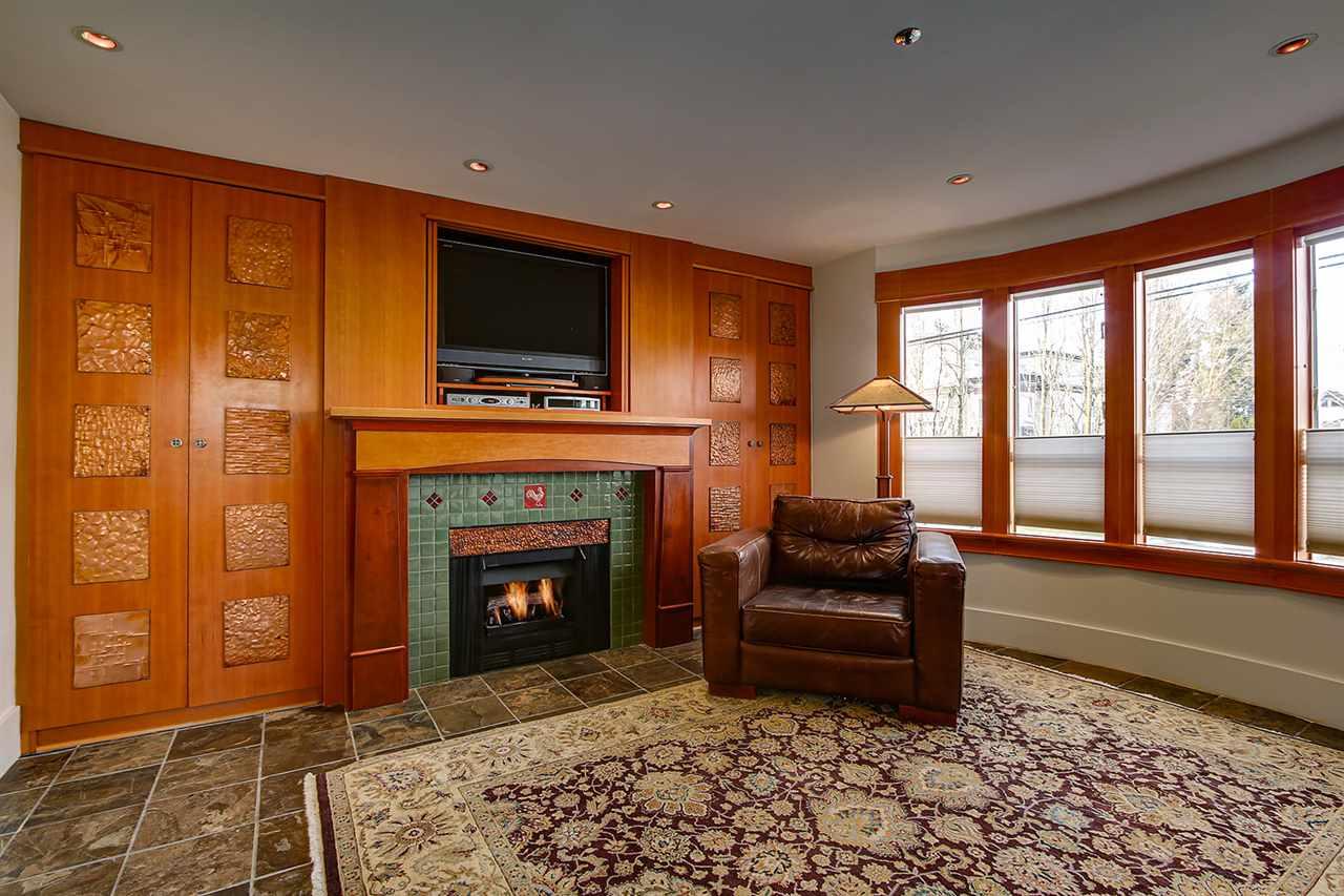 203 3220 W 4TH AVENUE - Kitsilano Apartment/Condo for sale, 2 Bedrooms (R2540941) - #3