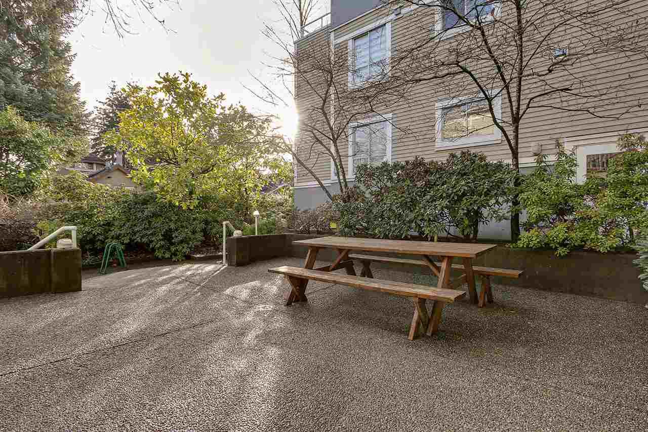 203 3220 W 4TH AVENUE - Kitsilano Apartment/Condo for sale, 2 Bedrooms (R2540941) - #31