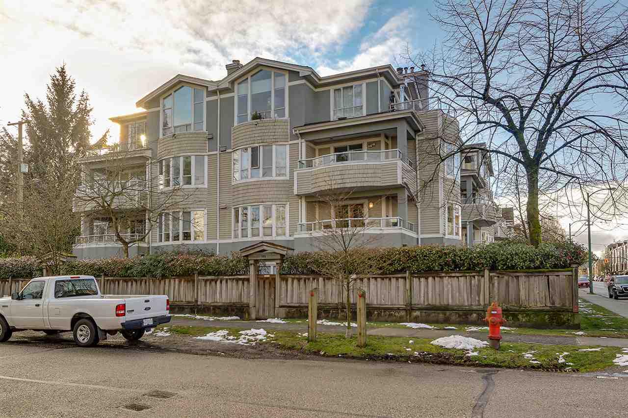 203 3220 W 4TH AVENUE - Kitsilano Apartment/Condo for sale, 2 Bedrooms (R2540941) - #33