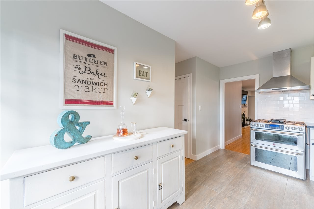 1345 DYCK ROAD - Lynn Valley House/Single Family for sale, 4 Bedrooms (R2541041) - #17