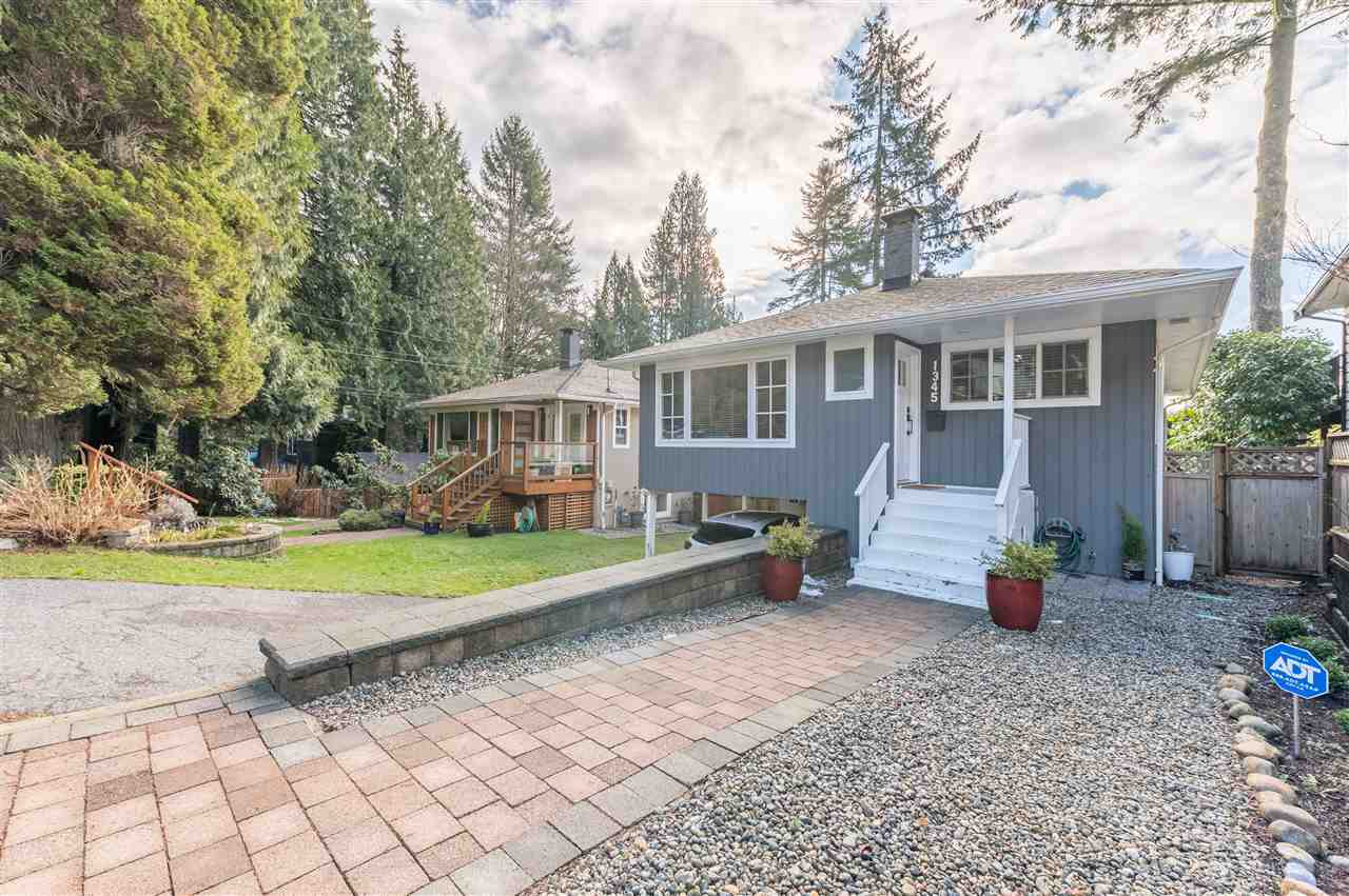 1345 DYCK ROAD - Lynn Valley House/Single Family for sale, 4 Bedrooms (R2541041) - #2