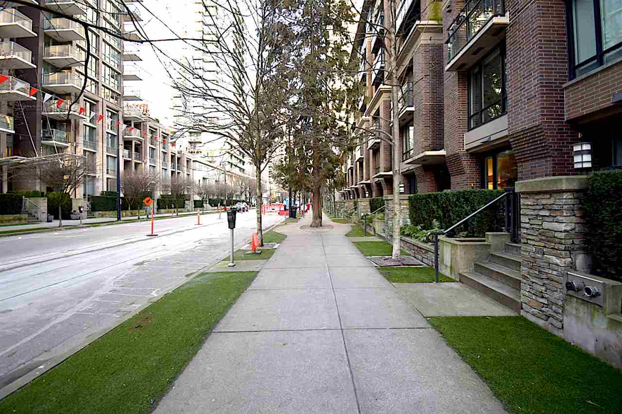 1002 1088 RICHARDS STREET - Yaletown Apartment/Condo for sale, 1 Bedroom (R2541305) - #2