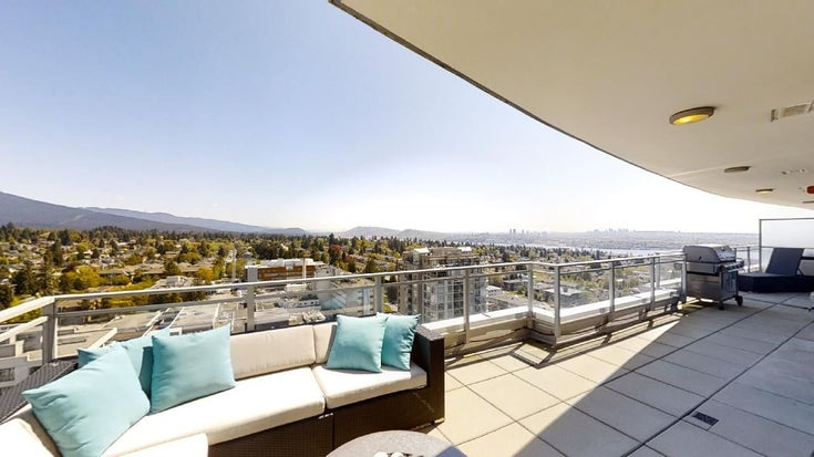 2205 125 E 14TH STREET - Central Lonsdale Apartment/Condo for sale, 2 Bedrooms (R2541906)