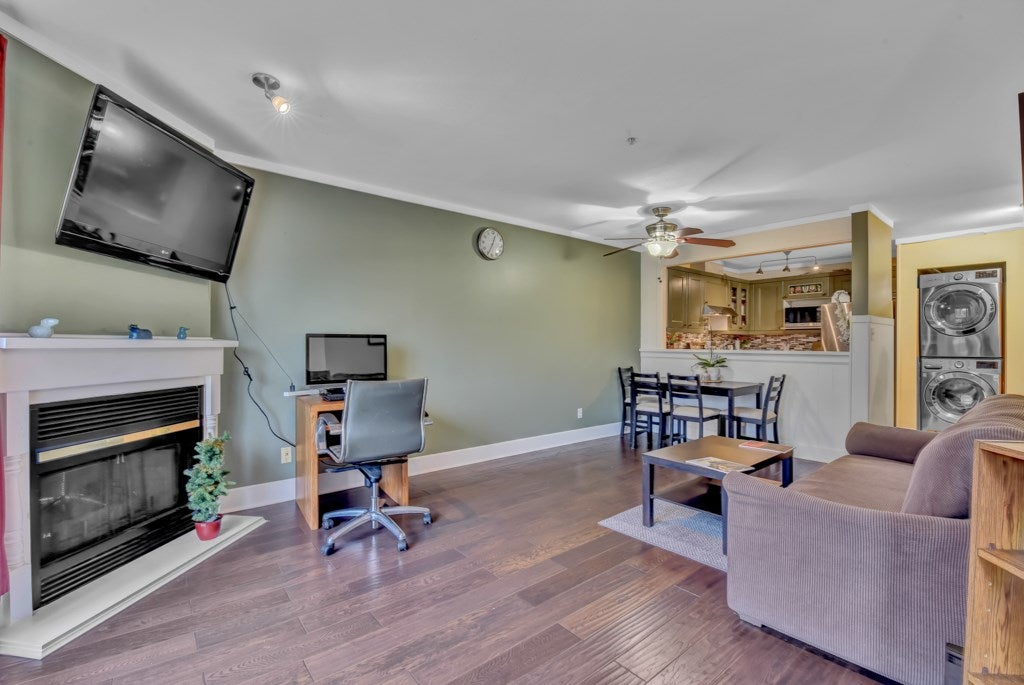 403 7505 138 STREET - East Newton Apartment/Condo for sale, 2 Bedrooms (R2542083) - #19