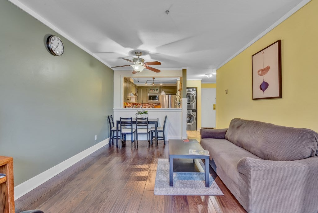 403 7505 138 STREET - East Newton Apartment/Condo for sale, 2 Bedrooms (R2542083) - #20