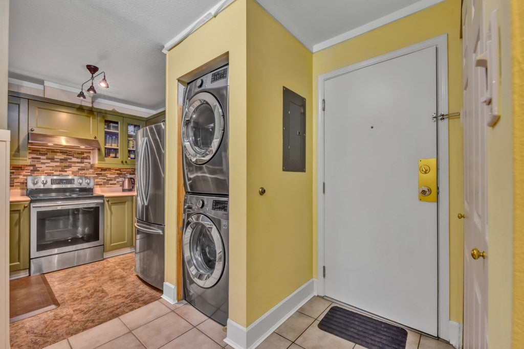 403 7505 138 STREET - East Newton Apartment/Condo for sale, 2 Bedrooms (R2542083) - #7