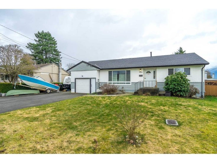 9500 CARLETON STREET - Chilliwack E Young-Yale House/Single Family for sale, 4 Bedrooms (R2542266)
