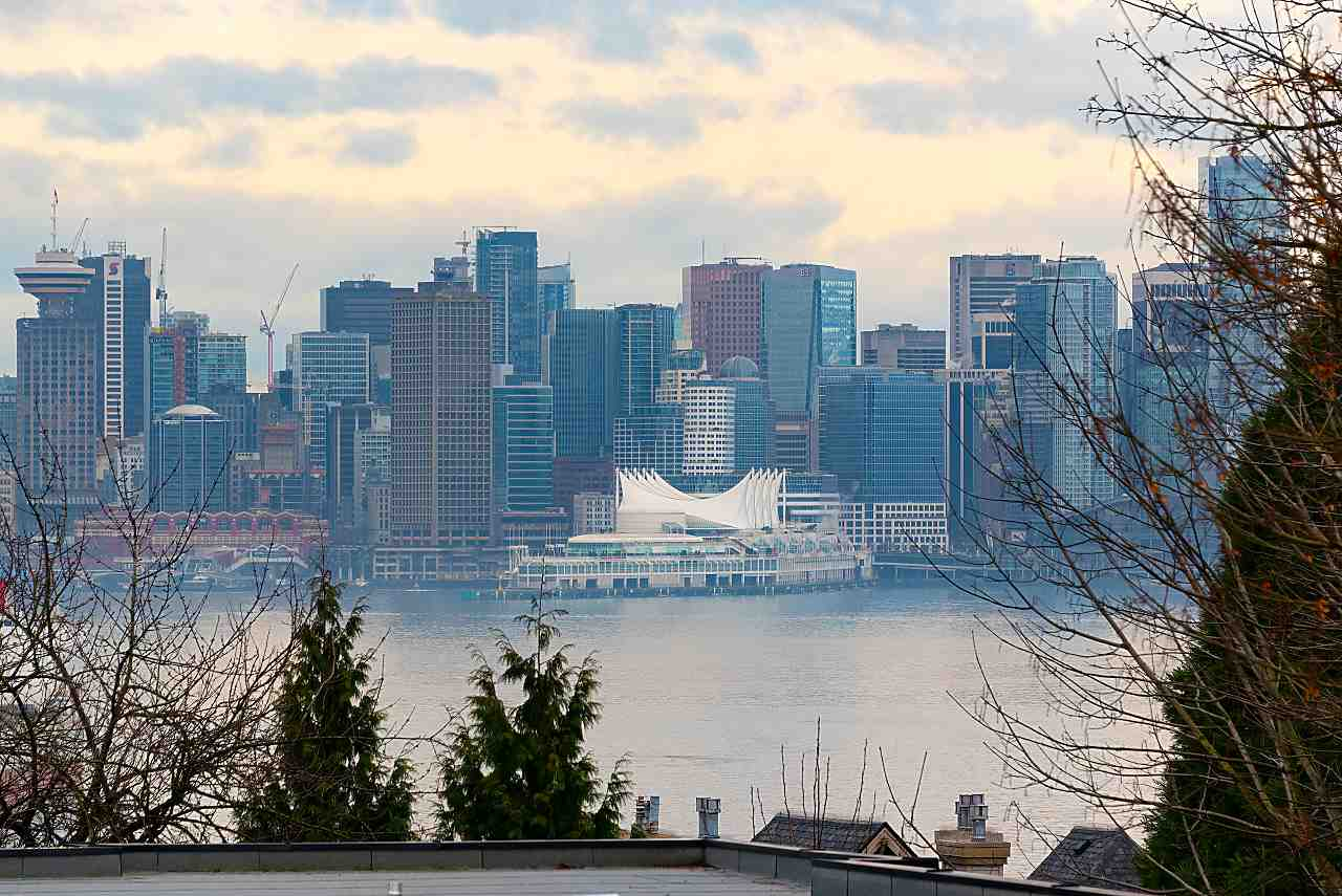 316 360 E 2ND STREET - Lower Lonsdale Apartment/Condo for sale, 2 Bedrooms (R2542568)