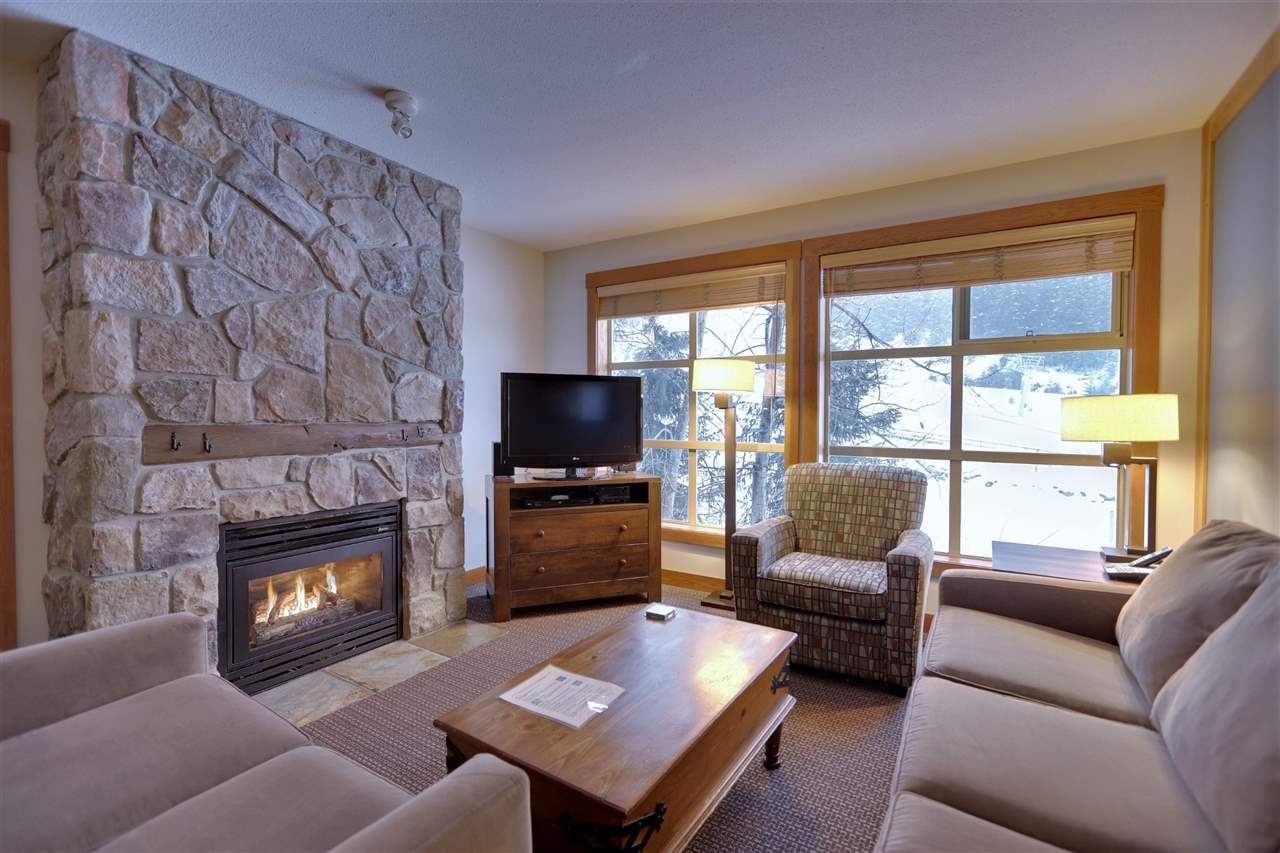 439A 2036 LONDON LANE - Whistler Creek Apartment/Condo for sale, 3 Bedrooms (R2542680)