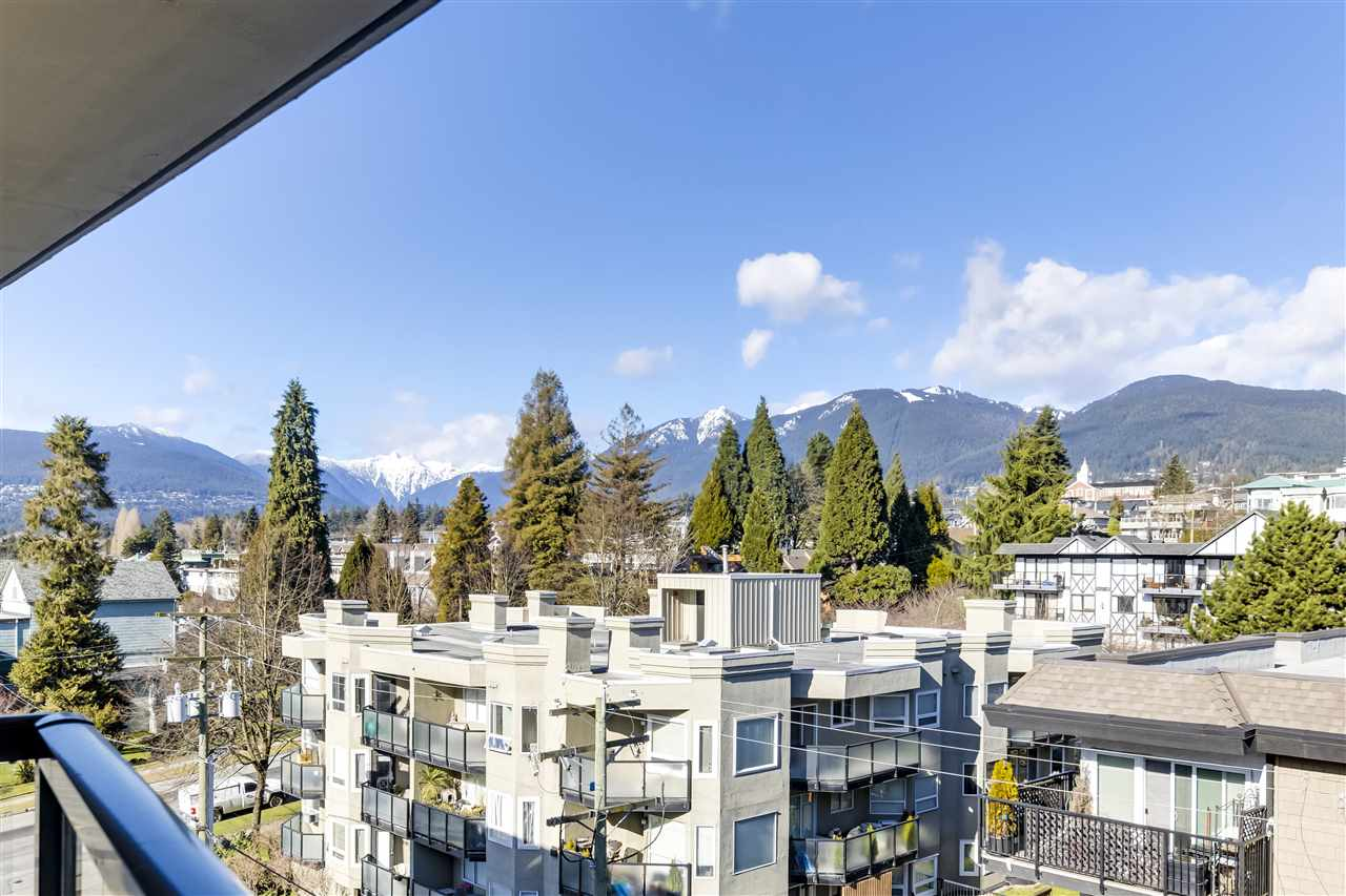 702 160 W 3RD STREET - Lower Lonsdale Apartment/Condo for sale, 1 Bedroom (R2542885)
