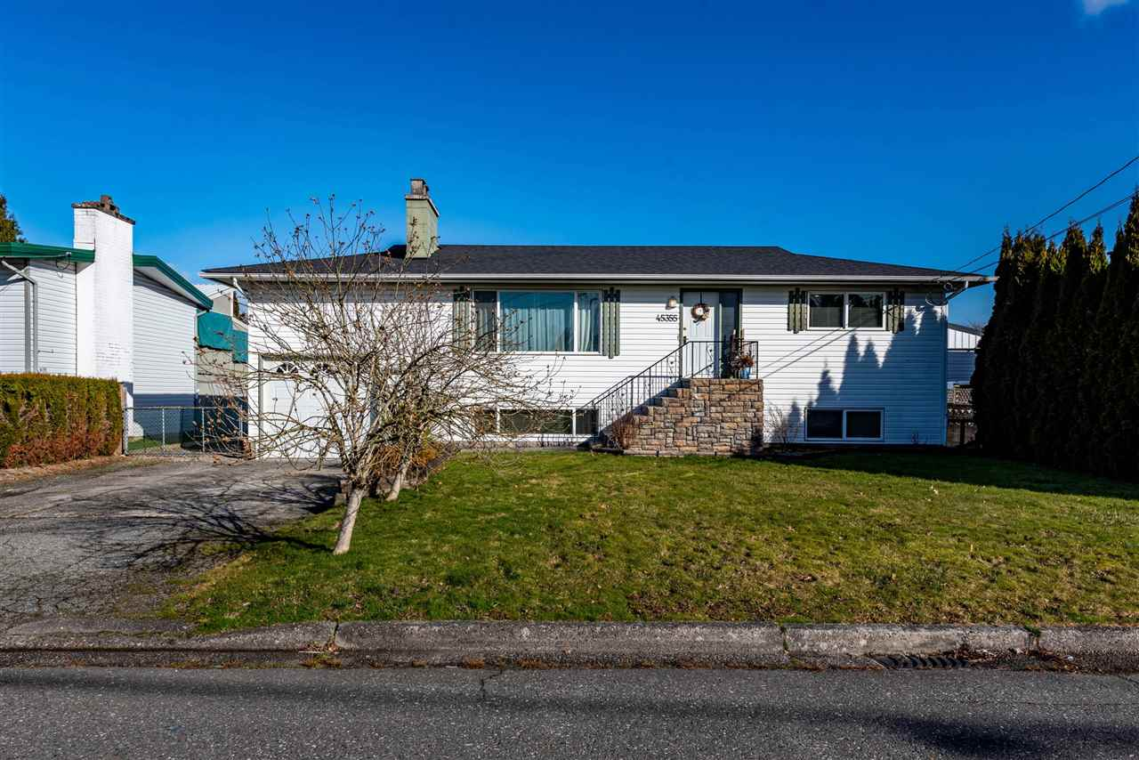 45355 WESTVIEW AVENUE - Chilliwack W Young-Well House/Single Family for sale, 4 Bedrooms (R2542911) - #1