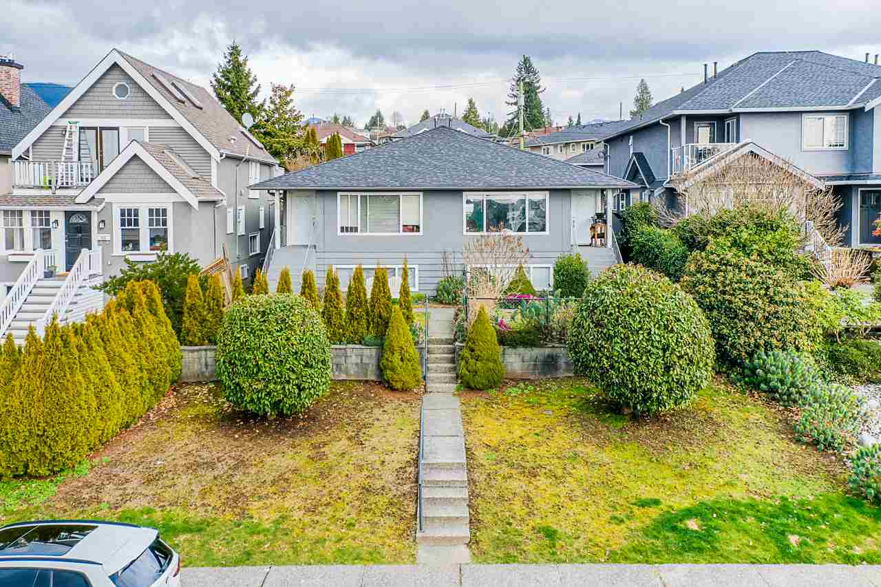362 - 364 E 5TH STREET - Lower Lonsdale Duplex for sale, 3 Bedrooms (R2543215) - #1